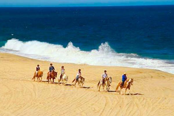 horseback riding in Cabo San Lucas